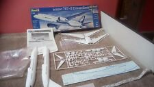 Boeing 787 Dreamliner 1/144 scale ONU-Built Model Décalque Damage