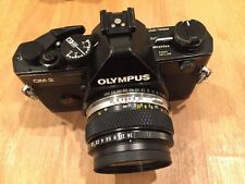 Olympus OM2 Spot/PROGRAM 35mm SLR Film Camera con Zuiko Auto-S 50mm f1.8 Lens