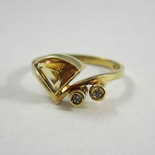 Schmückender Ring aus Gold 585 mit Brillanten und Citrin