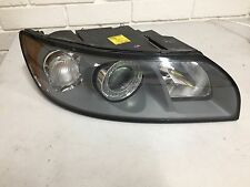 volvo v50 right  headlight  std halogen  part # 30698894   0301198501