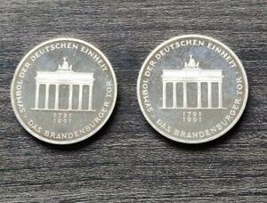 Zwei Münzen 10 Mark Das Brandenburger Tor 1791-1991, A