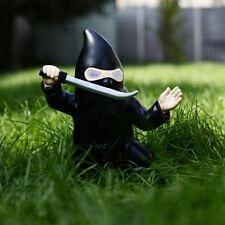 Ninja Garten Zwerg mit LEUCHTENDE AUGEN wetterfest Neuheit Garten Dekoration