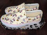 Vans x Disney Slip On Minnie Mouse Print Bow RARE Vintage Womens 8.5 NEW