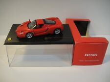 --1/43 IXO FERRARI ENZO 2002 Red.