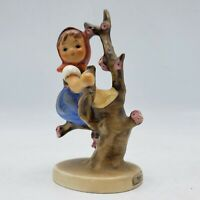 Vintage Goebel Hummel 141/ 3/0 Apple Tree Girl Figure Figurine West Germany