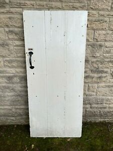 Reclaimed internal Victorian cottage style door with latch and lock