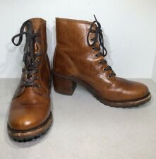 Sabrina 6G Lace Up Women's Size 9.5M Cognac Leather Heeled Ankle Boots XF3-19*