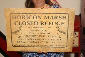 "Vintage 1950's Horicon Marsh Refuge No Hunting Duck Decoy Shotgun 18"" Metal Sign"