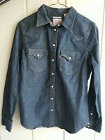 Levi Strauss Womens Pearl Snap Tailored Fit Denim Jean Long Sleeve Shirt Size S