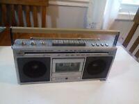 General Electric Am Fm Stereo Cassette Boom Box Recorder model 3 5284 A