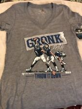 New England Patriots Rob Gronkowski Ladies V-Neck T-shirt Medium NWT