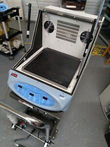 Thermo MaxQ 4000 Incubator Chiller Shaker Model SHKE4000-7