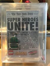 2011 LEGO NYCC SDCC EXCLUSIVE DC GREEN LANTERN MINIFIGURE - AFA 9.0