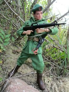 Gi Joe vintage Action Soldier, Green Beret - very nice