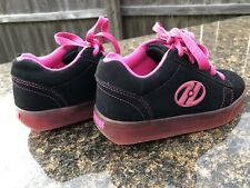 Sweet Black and pink official Heelys skate sneakers shoes size 1
