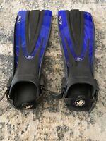 Body Glove Flow Nature's Wing Snorkeling Flippers Fins Size 9-13 ML-XL Blue Blck