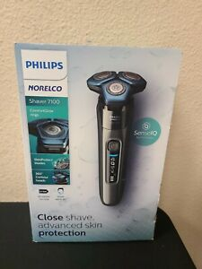 Philips Norelco Shaver 7100 Rechargeable Wet & Dry Electric Shaver with SenseIQ