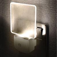 LED Night Light Plug In Auto Sensor Energy Saving Children Nursery Baby Safety *