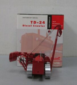 SpecCast ZJD 1534 1:25 International Harvester TD-24 Crawler with Pipe Layer LN