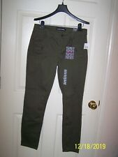 """NWT junior's """"Almost Famous"""" olive pants/trousers - size 9"""