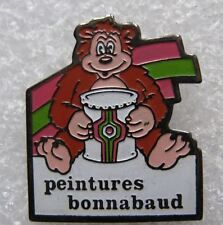 Pin's Peinture Bonnabaud Avec un ours et un pot#B3