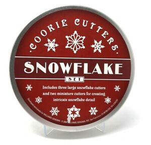 Williams Sonoma Cookie Cutter Set NEW in Storage Tin 2004 Snowflakes (3) Edition
