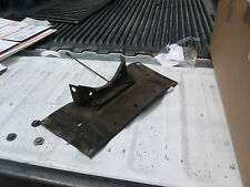 Jaguar XJS V 12 transmission mount