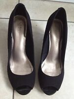 M&S Collection Insolia Ladies Black Heeled Shoes Size 4 1/2 Excellent Condition.