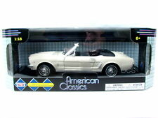 MotorMax Ford 1964 Ford Mustang Conv Cream 1/18 Diecast Car