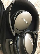 Bose Quite Comfort 25 QC25 Noise Cancelling Headphones Mint Condition!!