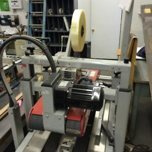 12600-082 Used 3M box taper model 700A.  Type 39600. Top and bottom taping unit.