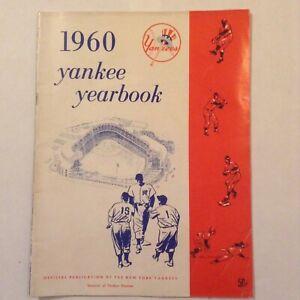 1960 NEW YORK YANKEES YEARBOOK -- MANTLE, BERRA, MARIS, FORD -- VERY GOOD