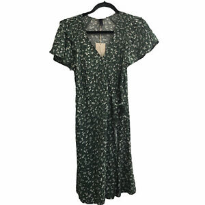Universal Thread XS Wrap Dress Tie V-Neck Green Floral Cottagecore Pockets