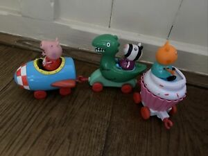 Peppa Pig. Dinosaur Cupcake Rocket Fun Fair Park Train Ride & Figures-lots List