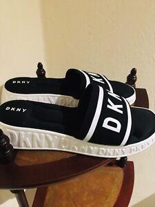 DKNY Sliders  Size uK 7, New