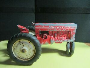 Tru Scale red tractor for parts or restoration