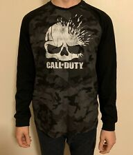 Call of Duty Men's Long-Sleeve T-Shirt Size Large Black Gray Skulls Camouflage