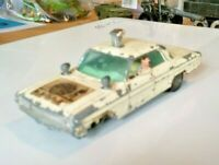 VINTAGE CORGI 497 MAN FROM UNCLE THRUSH BUSTER OLDSMOBILE SUPER 88 RARE WHITE