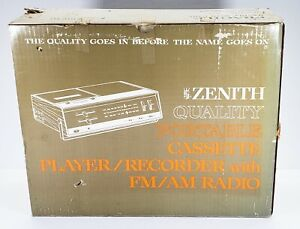 VTG Zenith Portable Cassette Recorder with FM/AM Radio Model C-623W Orig Box