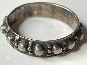 Vintage antique? oxidised bobbled sterling silver ring band size R boho