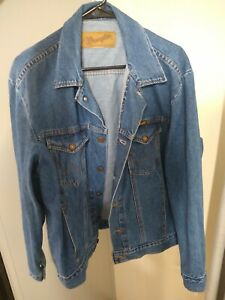 Vintage 1980's Wrangler M-159 Authentic Western Denim Jean Jacket Blue, Nice!