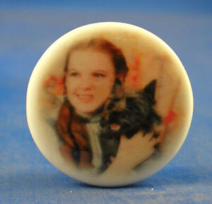 Birchcroft China Button -  Wizard of Oz Dorothy & Toto - One Inch Size ( 25 mm )