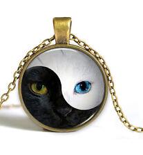 Vintage Yin yang Cat Cabochon Antique Bronze Glass Chain Pendant Necklace
