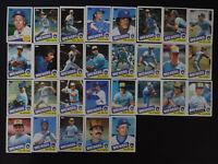 1985 Topps Milwaukee Brewers Team Set of 29 Baseball Cards
