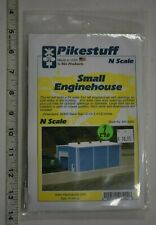 Lot 9-290 * N Scale Pikestuff kit 541-8002, Small Enginehouse