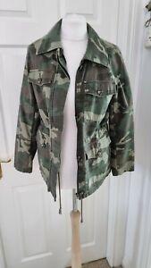 "Topshop camouflage jacket Size 8/ 38"" bust"