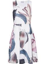 Ärmelloses Kleid mit V-Ausschnitt und schönem Print Gr.46