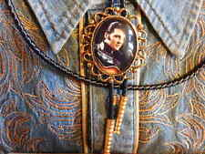 HANDCRAFTED IN THE UK ELVIS PRESLEY BOLO TIE GOLD  METAL, LEATHER CORD WESTERN
