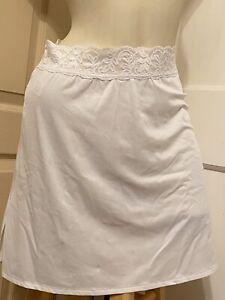 NWT Vassarette Sissy Nylon Short White Half Slip Lace Waist M