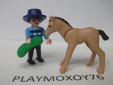 PLAYMOBIL. TIENDA PLAYMOXOY76. FIGURA DE NIÑO CON POTRO.